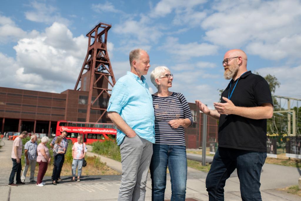 Stadtrundfahrt in Essen an der Zeche Zollverein